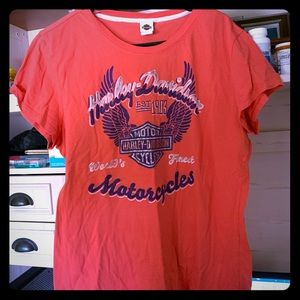 Fitted t shirt Harley Davidson.  Bright